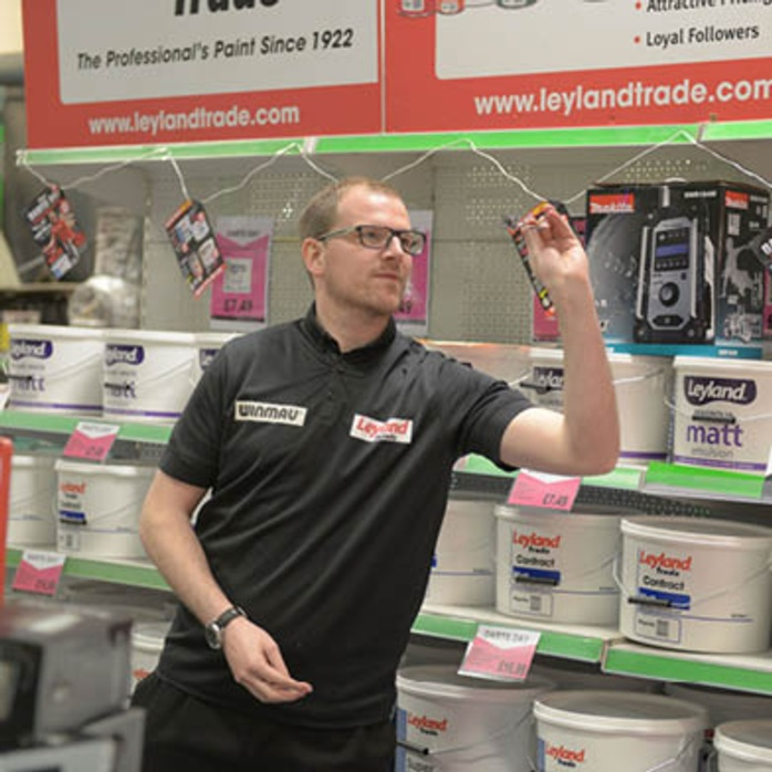 Darts champ Mark 'The Spider' Webster takes on Stax Customers