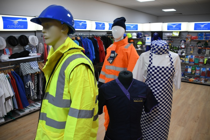 The benefits of buying quality workwear
