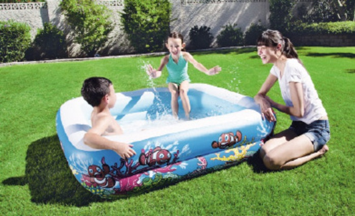50% rise in paddling pool sales over May bank holiday